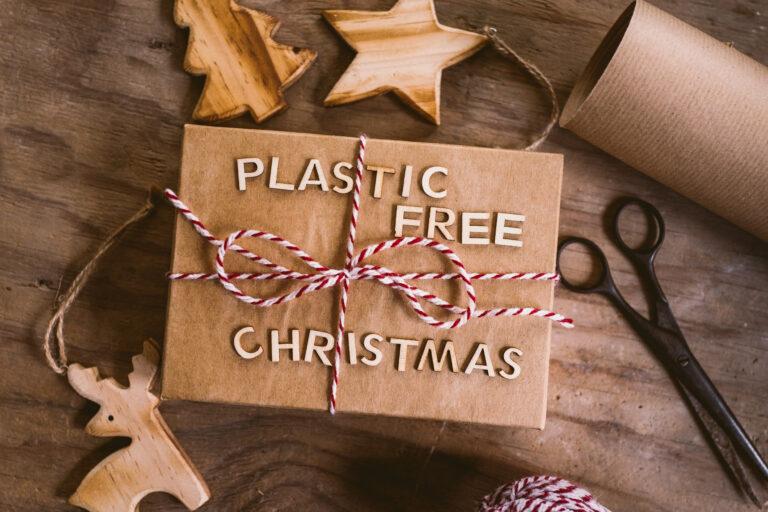 Jak ekologicznie pakować prezenty?